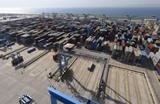 Chính phủ UAE nới lỏng lệnh cấm vận chuyển hàng hóa với Qatar