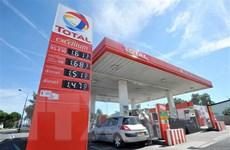Giá dầu thế giới tiến đến gần mức cao nhất trong 4 tháng