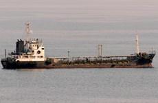 Mỹ nghi ngờ một tàu Nga bí mật cung cấp dầu cho Triều Tiên
