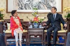 Trung Quốc kêu gọi tăng cường liên lạc chiến lược với Pakistan