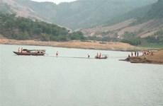 Tìm thấy thi thể hai học sinh cấp 3 mất tích khi tắm sông ở Nghệ An