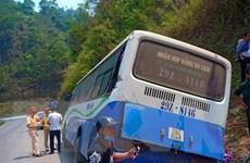 Xe khách mất phanh trên đèo Pha Đin, 36 người may mắn thoát nạn