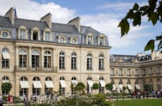 Pháp bắt thiếu niên nghi lên kế hoạch tấn công Cung điện Elysee
