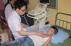 Khám, sàng lọc tim miễn phí cho hơn 2.200 trẻ em tại Ninh Bình