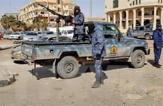 IS đụng độ các tay súng của tướng Haftar, tấn công mỏ dầu ở Nam Libya