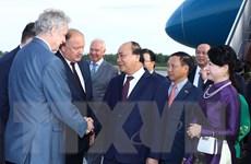 [Photo] Thủ tướng Nguyễn Xuân Phúc và Phu nhân đến Saint Petersburg