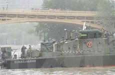 Hungary bắt đầu trục vớt du thuyền bị đắm trên sông Danube