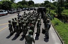 Mexico triển khai quân đội tới biên giới ngăn chặn dòng người di cư