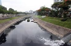 [Video] Kiểm tra nước sông Tô Lịch sau một tháng dùng công nghệ Nhật