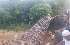 Tai nạn đường sắt tại Bangladesh, hơn 100 người thương vong