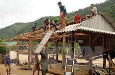 Lai Châu di dời khẩn cấp 27 hộ dân sống bên suối do lũ quét