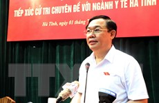 Phó Thủ tướng tiếp xúc cử tri chuyên đề về y tế tại tỉnh Hà Tĩnh