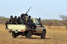 Niger: Các tay súng tấn công doanh trại quân đội , 18 binh sỹ tử vong