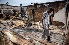 300 tay súng tấn một ngôi làng ở Nigeria, 15 người thương vong
