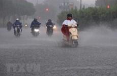 Áp thấp nhiệt đới gây mưa trên Biển Đông, Hà Nội có mưa vào chiều tối