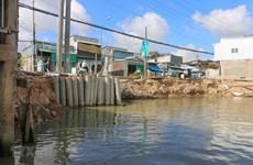 Trà Vinh đầu tư 84 tỷ đồng xây hai công trình kè chống sạt lở