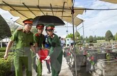 Kiên Giang an táng hài cốt liệt sỹ Việt Nam hy sinh tại Campuchia