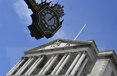 BoE hạ dự báo tăng trưởng kinh tế Anh, giữ nguyên lãi suất ở mức 0,75%