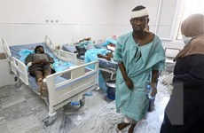 Hơn 100 người thương vong trong vụ không kích ở miền Nam Libya