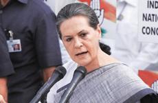 Ấn Độ: Đảng Quốc đại bầu bà Sonia Gandhi làm chủ tịch lâm thời