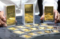 Giá vàng châu Á giảm khi nhà đầu tư thận trọng chờ đợi tin từ Fed