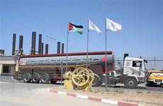 Israel bỏ lệnh cấm cắt giảm nhiên liệu vận chuyển vào Dải Gaza