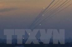 Israel tiến hành một loạt vụ không kích Gaza trả đũa các vụ bắn rocket