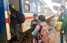 [Video] Ga Sài Gòn nhận đăng ký mua vé tàu Tết Nguyên đán 2020