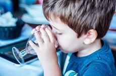 Bổ sung nước giúp cải thiện khả năng vận động linh hoạt của trẻ nhỏ