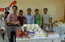 Ẩm thực Việt Nam thu hút thực khách tại Hội chợ từ thiện ASEAN