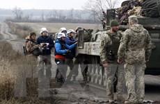 Tổng thống Nga hoan nghênh việc rút quân tại 2 điểm nóng ở Ukraine