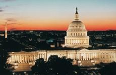 Tổng thống Mỹ ký ban hành gói ngân sách nhằm tránh chính phủ đóng cửa