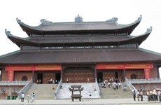 Điện Tam Thế - công trình lớn nhất trong quần thể chùa Tam Chúc