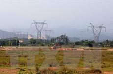 Hơn 870 tỷ đồng xây dựng hệ thống truyền tải điện ở Quảng Trị