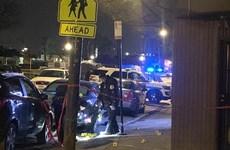 Mỹ: Xả súng vào một tiệm cắt tóc nam tại Chicago, 5 người bị thương