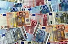 Ngân hàng Trung ương châu Âu vẫn giữ nguyên lãi suất ở mức thấp kỷ lục