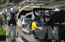 Lợi nhuận ròng của Toyota tăng mạnh, lập kỷ lục về doanh thu