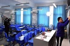 Dịch Covid-19: Trung Quốc dạy trực tuyến cho học sinh, sinh viên