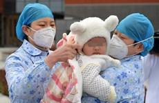 COVID-19: Bệnh nhi 7 tháng tuổi tại Trung Quốc được xuất viện