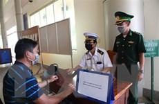 Bố trí phiên dịch tiếng Anh, Trung và Hàn hỗ trợ kiểm dịch y tế