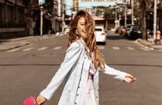 Hoàng Thùy Linh, Phí Phương Anh dẫn đầu top sao mặc đẹp tuần qua