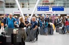 """Ngành hàng không toàn cầu """"khốn đốn,"""" Lufthansa hủy 23.000 chuyến bay"""