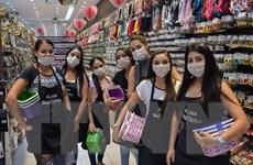 Brazil tuyên bố lây lan cộng đồng, Cuba cấm người nước ngoài nhập cảnh