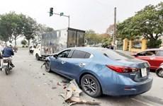 Nam Định: Ôtô con va chạm với xe ba bánh khiến 3 người bị thương