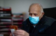 Pháp: Bác sỹ 98 tuổi không nghỉ hưu để giúp đỡ bệnh nhân COVID-19