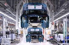Volkswagen, Mercedes-Benz tái vận hành 1 số nhà máy ở Đức ngay tháng 4