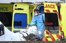 Chính phủ Anh gặp khó khi nguồn cung thiết bị bảo hộ thiếu hụt