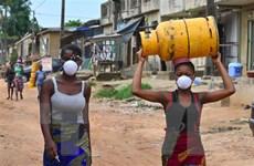 Dịch COVID-19: Cơ hội giảm bớt gánh nặng tài chính cho các nước nghèo