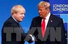Tổng thống Mỹ thông báo Thủ tướng Anh đang có trạng thái sức khỏe tốt