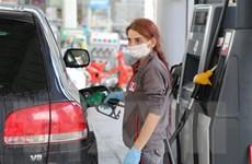 Giá dầu ngọt nhẹ WTI bật tăng hơn 25% trong tuần qua